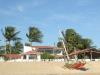 Villa Linda spiaggia e villa dal mare con capanne dei pescatori