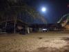 Luna (Lua) piena in spiaggia a Pititinga